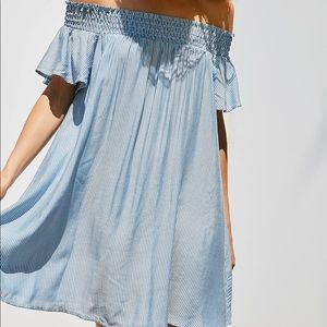 URBAN OUTFITTERS off the shoulder dress